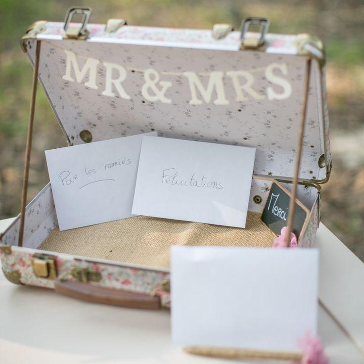 Urne de mariage rose liberty, valise de mariage, valise rétro mariage pour cartes et enveloppes : Bagagerie par save-your-deco