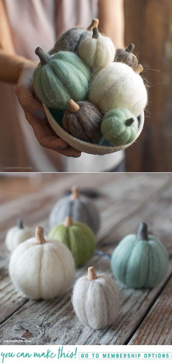 Mini Felted Pumpkins - Lia Griffith - www.liagriffith.com #diyfalldecor #diyhomedecor #diypumpkins #needlefelting #feltcraft #feltcute #felt #diyinspiration #diyidea #diyideas #madewithlia