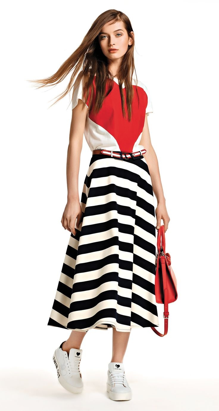 TWIN-SET Simona Barbieri, 2016 Summer collection: cotton jersey t-shirt with positioned macro heart print, code KS62RD and milano stitch jersey mid-length striped flared skirt with zip on the side, code KS62LR.