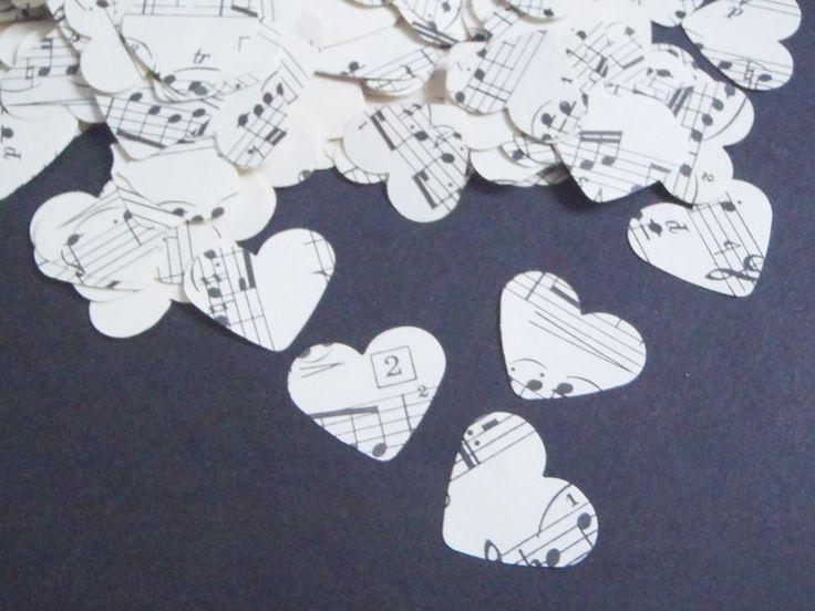 note vintage coriandoli cuori musica spartiti nozz di LaSoffittaDiSte su DaWanda.com