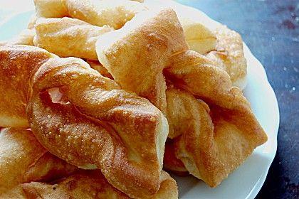 Russischer Rollkuchen, ein gutes Rezept aus der Kategorie Frittieren. Bewertungen: 7. Durchschnitt: Ø 3,9.