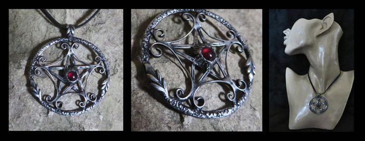 Pentagram with Garnet
