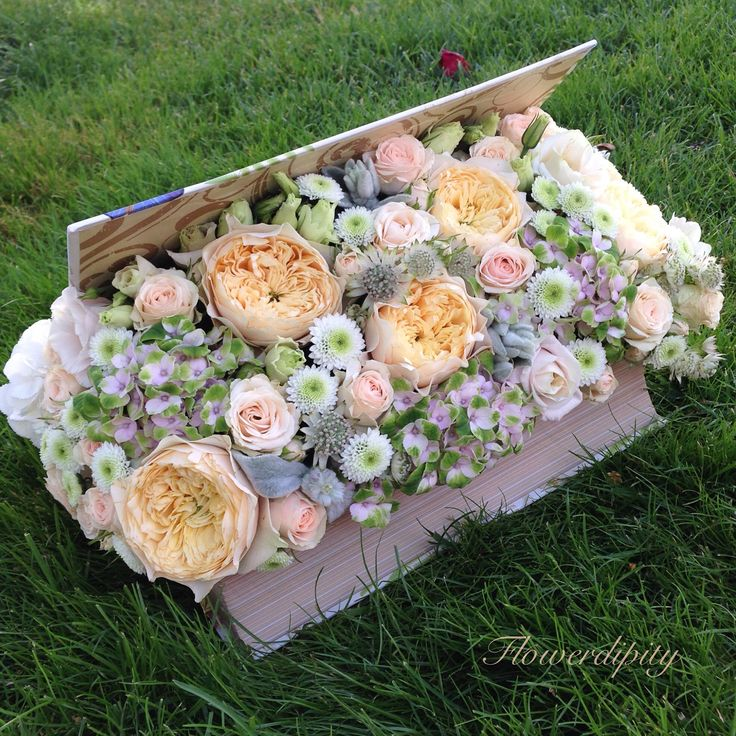 Book of flowers  #flowers #roses #book #surprise #gift