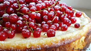 Bucatareala 2.0: Cheesecake cu coacăze roșii
