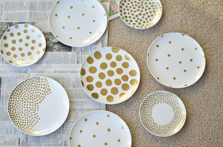 Easy DIY: Gold Polka Dot Plate Art