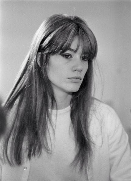 Francoise Hardy, my ultimate hairspiration. Simple yet stunning.