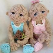 I can't decide if these are creepy or cute but they are cool!  So Cute Baby Doll Crochet Pattern - via @Craftsy