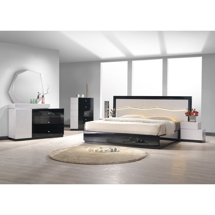 Turin Black And White Lacquer 5 PC Bedroom Set (Bed, Nightstand, Dresser,  Mirror And Chest), Ju0026M Furniture   Modern Manhattan