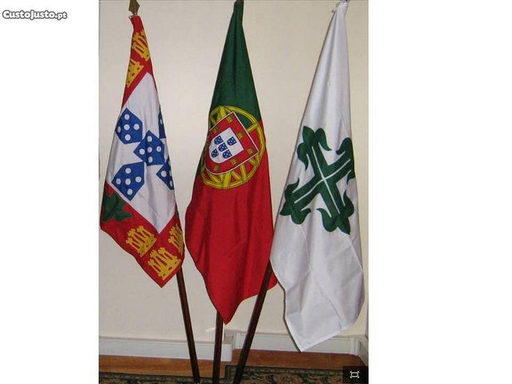 Bandeiras, Nacional, Mocidade Portuguesa e Legião - à venda - Antiguidades e Colecções, Lisboa - CustoJusto.pt