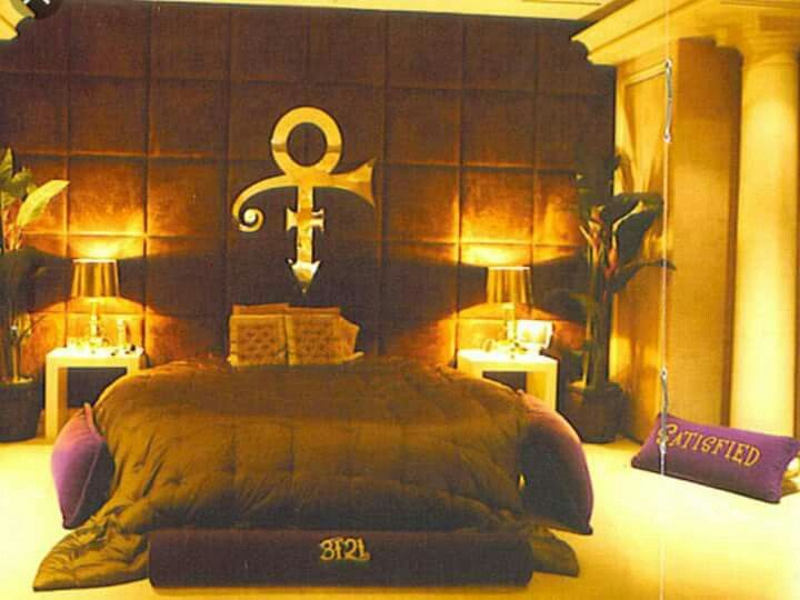 Inside Prince S Incredible Paisley Park Studios Prince S Bedroom