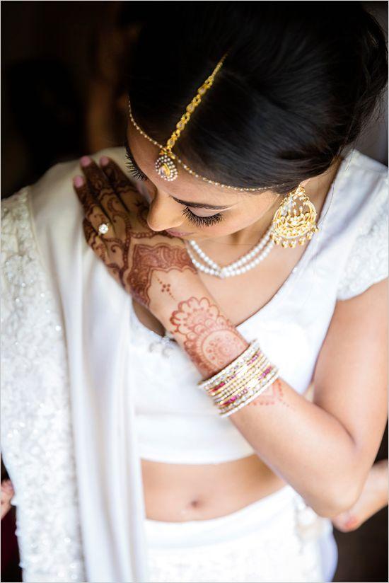 #weddingphotography #bridalportraits @weddingchicks
