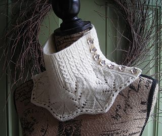The pattern for this cowl is available for purchase in my Etsy shop:
