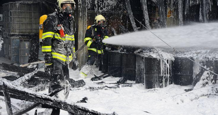 Požár Ve Výkupu Nebezpečných Surovin | Bezpečnost Práce, Požární Ochrana, Revize Elektro, Chemické Látky, Odpady