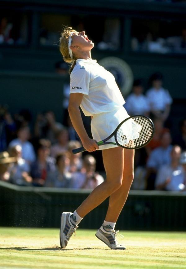Steffi Graf winning Wimbledon in 1991