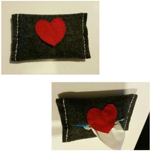 Felt tissue pouch - Love