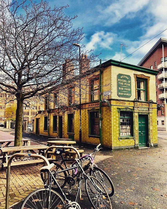 """@thesevenbees The Peveril of the Peak, in Autumn""  #BestofMcr #PeverilofthePeak #Autumn #ManchesterUK #OMGB #BestofBritain #GB #UK #VisitBritain #VisitEngland #Pub #Architecture #Heritage #MCR #Manchester #Bikes #Citybreak #City #Cityscape #Manchestergram #Building #History #Photooftheday #Urbanlife"