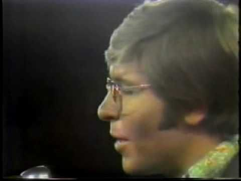 John Denver - Follow Me (1970)    An early John Denver TV performance.  What can I say?  He looks very apple-y in the green shirt.  SGS