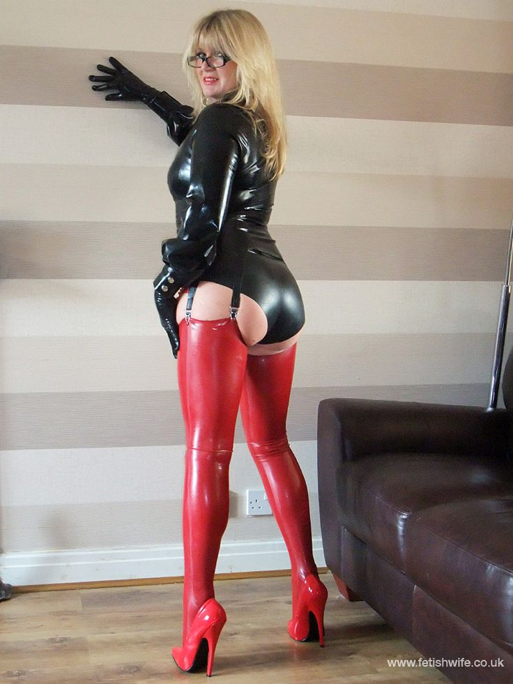 Hands wife in leather fetish hope she