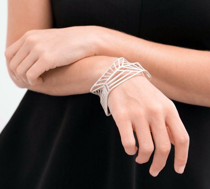Isobody bracelet