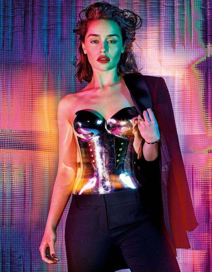 Emilia Clarke - GQ Magazine Photoshoot, October 2015 : Global Celebrtities (F) FunFunky.com