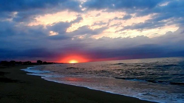 Relax: Amanecer en la playa, sonido del mar HD 1080p [ Sleep Music ]