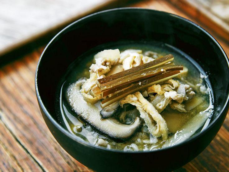 乾物と豚の旨みのお味噌汁    毎日食べるお味噌汁を一工夫!