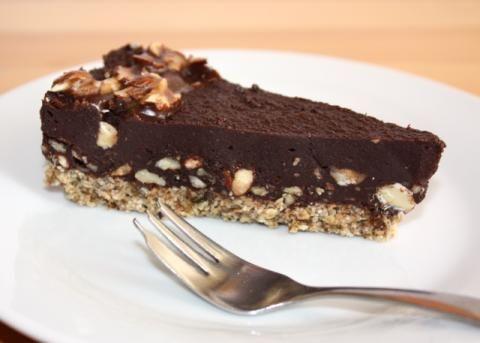 Extra čokoládová torta bez múky, cukru a pečenia, recepty, Torty   Tortyodmamy.sk