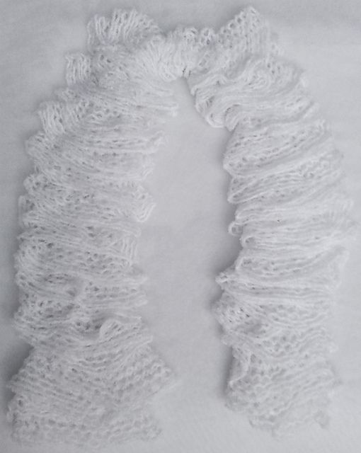 Ravelry: NanniClover's White Lace Ruffled Scarf