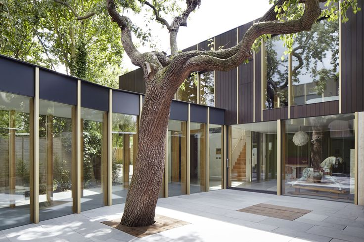10 Homes With Large, Well-Ventilated Courtyards - Dwell