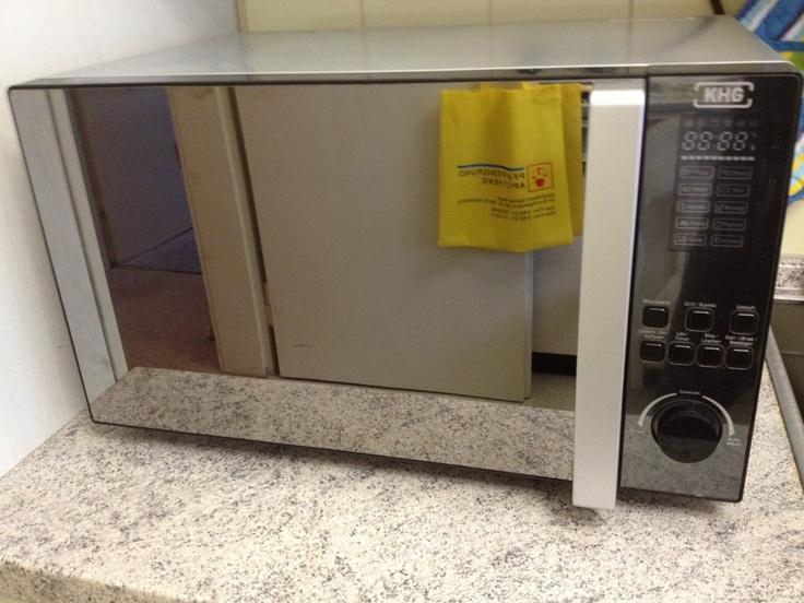 Mikrowelle mit Umluft und Grill.
