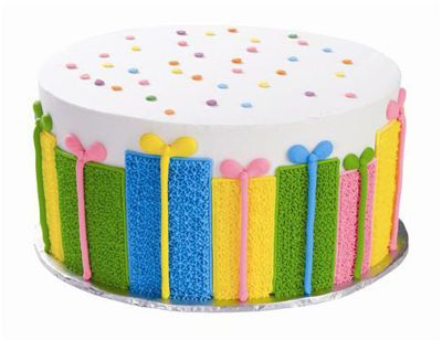 I want to take a cake decorating class so I can make cakes like this