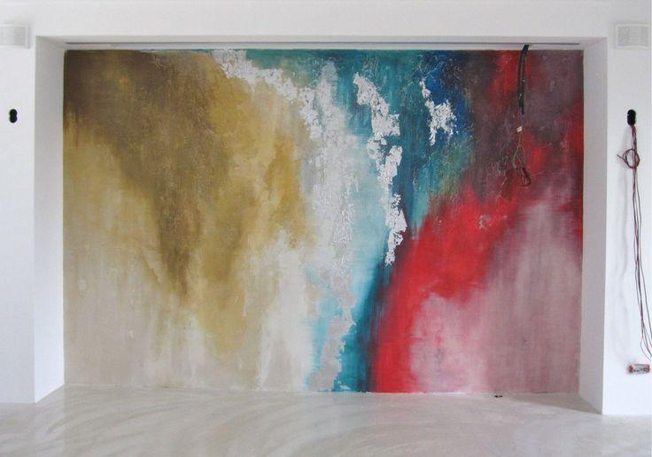 Rivestimento parete soggiorno casa cubo, resina materica decorata ...