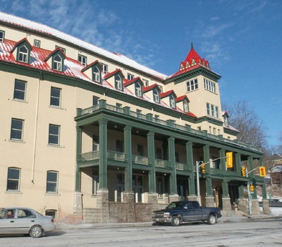The former Preston Springs hotel at King and Fountain streets, empty since 1990, is for sale again.
