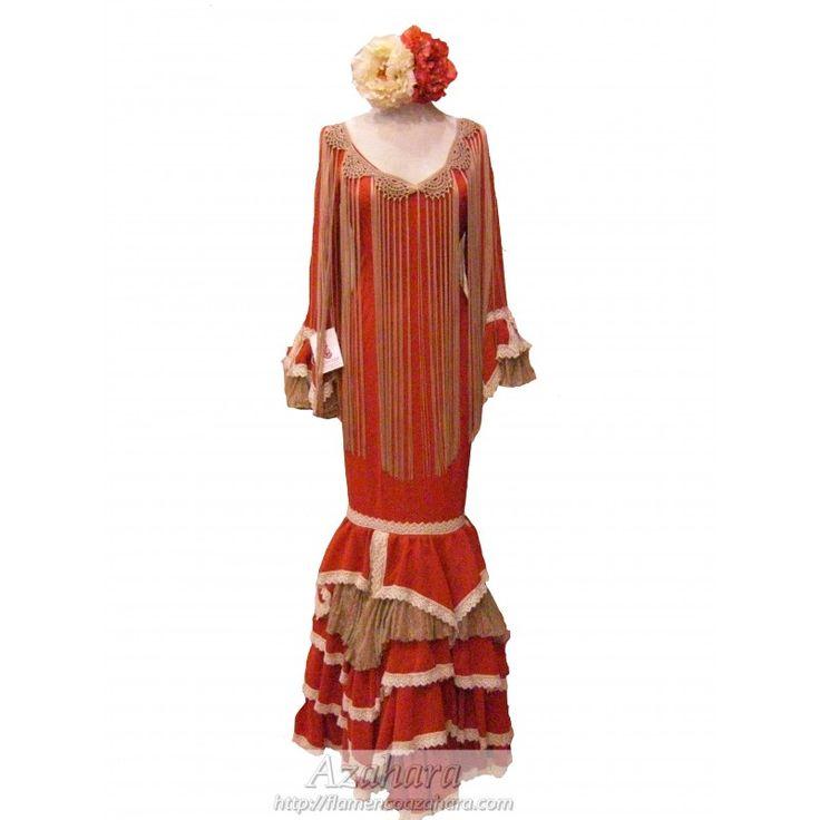 #Traje de #flamenca para #mujer. #Canastero, con mangas tipo farol. #flamencoazahara #Fuengirola