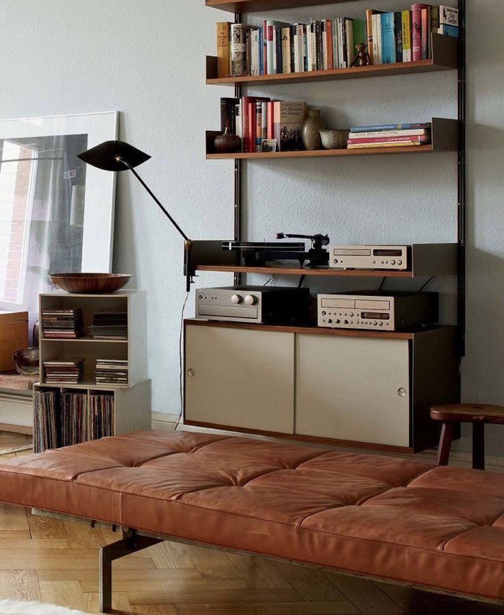 The Design Collector's House within Hamburg - http://www.interiordesign2014.com/interior-design-ideas/the-design-collectors-house-within-hamburg/