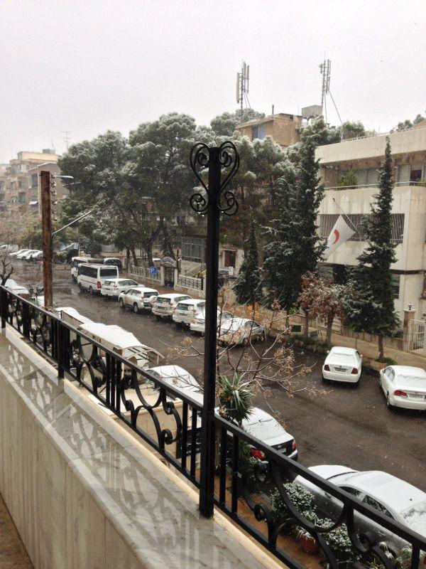 Snow in damascus 2014