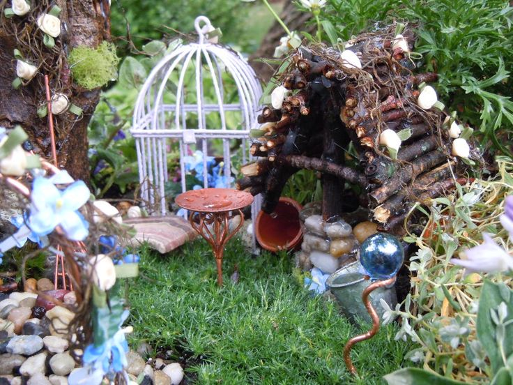 17 Best Images About Fairy Garden Party On Pinterest Gardens Tinkerbell And Miniature Fairy