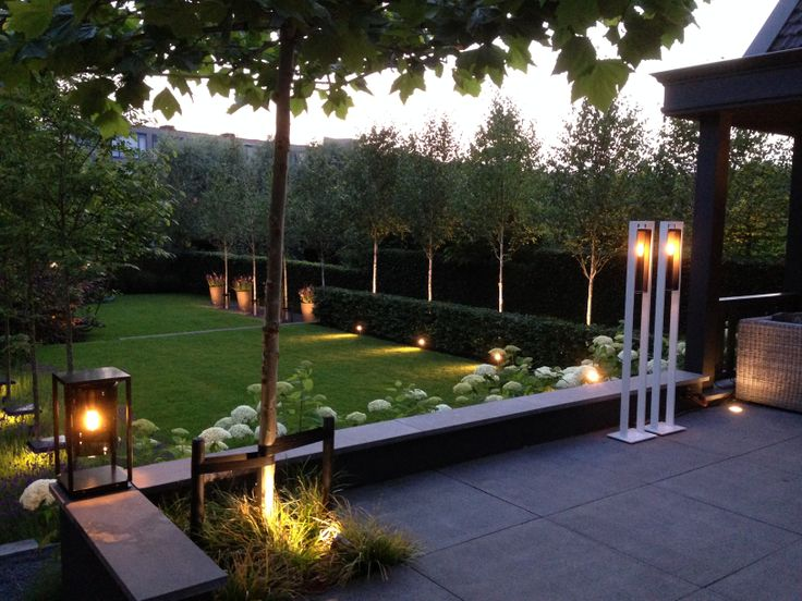Luxury garden with different kind of lighting. All lighting can be turned on and off with a push on a button. Any desired atmosphere can be achieved this way.