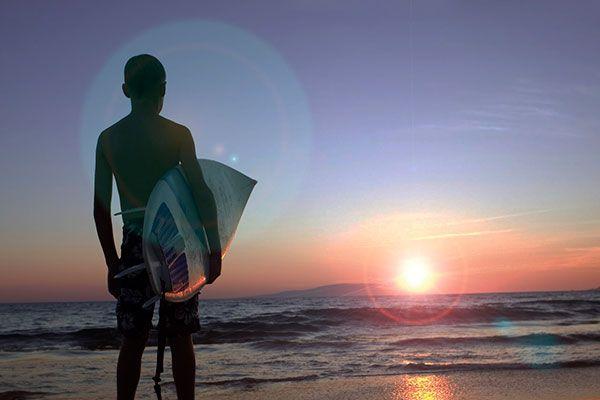 Cara membuat efek cahaya lens flare dengan Photoshop.