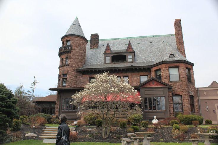 Belhurst Castle (Geneva, NY) is the inspiration for Wyndham Manor.