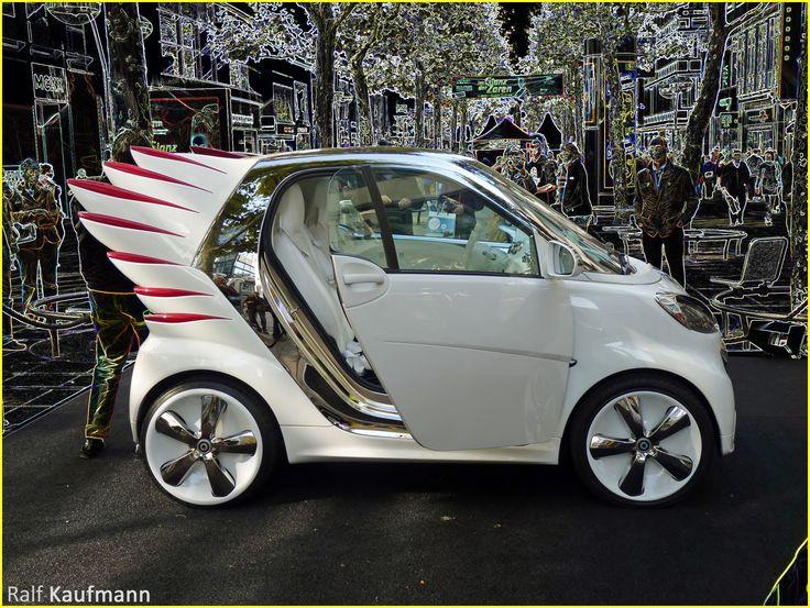 #Smart beflügelt - smart wings - swings.  Show car des US-Modedesigners Jeremy Scott; hier beim #tdde 'Tag der deutschen Einheit' in #Stuttgart :-)