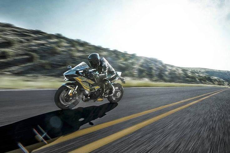 2016 Kawasaki Ninja H2 Crazy Street Racing - CARS DISTRICTCARS DISTRICT