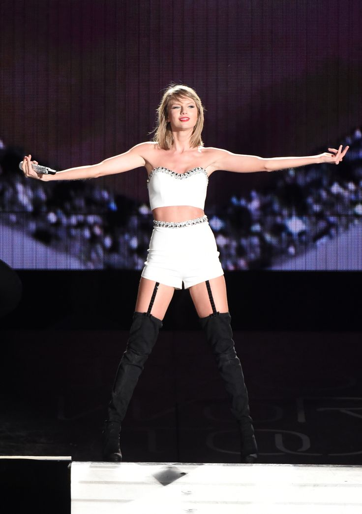 With everything Taylor Swift juggles, here's how Taylor has learned at a young age how to keep her life healthy and balanced.