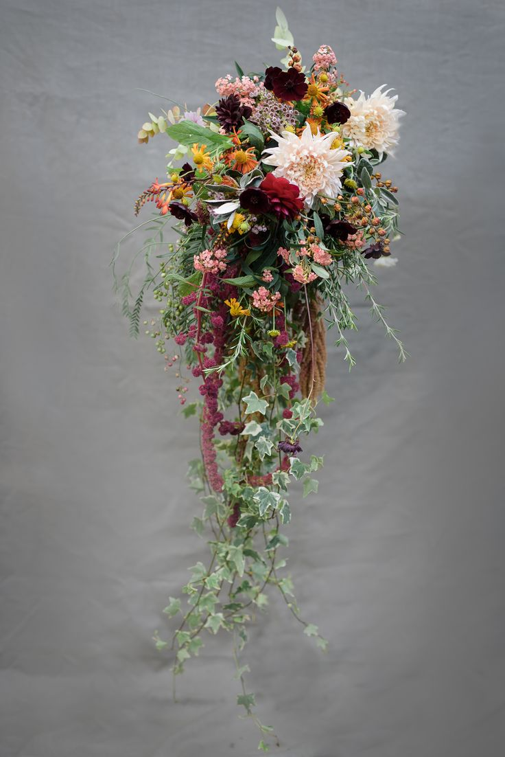 Trailing bridal bouquet Oct 2016