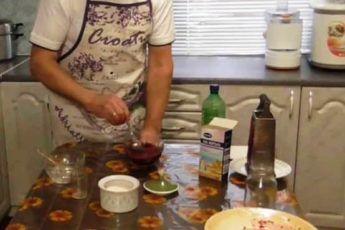 От подагры велел дедушка взять домашнее масло. Очень хороший рецепт! - CELEBNIK. RU