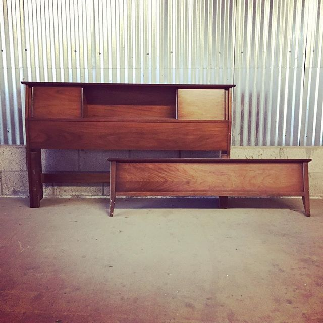 Mid Century bed frame now available. Head board, footboard and side rails to connect everything together. #forsale #midcentury #midcenturymodern #danishmodern #vintage #retro #modern #modernism #moderndesign #design #interiordesign #sandiego #california #oceanside #southoceanside #carlsbad #encinitas #leucadia #lajolla #escondido #northpark #normalheights #orangecounty #losangeles #southerncalifornia #lajollalocals #sandiegoconnection #sdlocals - posted by Jennifer Grant…