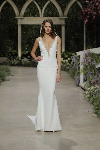 d71b9eb96025f Pronovias 2019 Wedding Dresses: Trends From The Most Anticipated Show At  Barcelona Bridal Fashion Week Image: 30