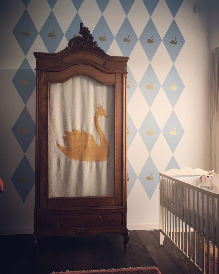 kinderkamer - babykamer met zwaanthema