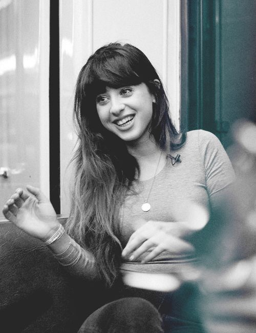 #Foxes #LouisaRoseAllen - Singer