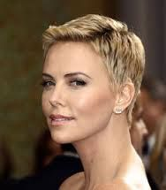korta frisyrer dam
